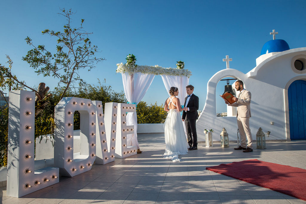 santorini wedding venue for 2